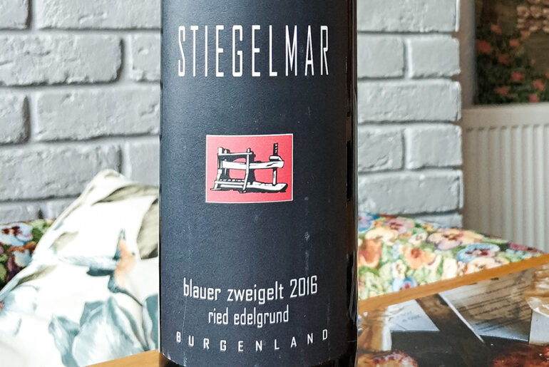 Обзор и дегустация Stiegelmar Blauer Zweigelt Edelgrund Burgenland 2016