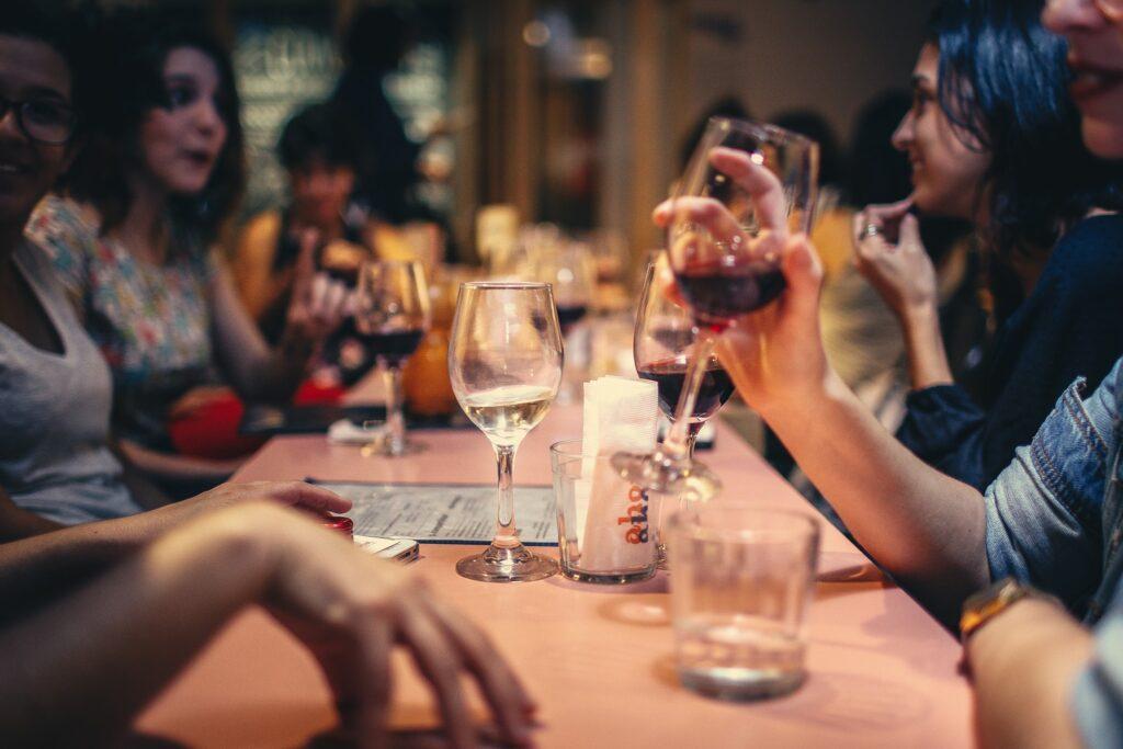 Decanter - где попить вина в Тбилиси
