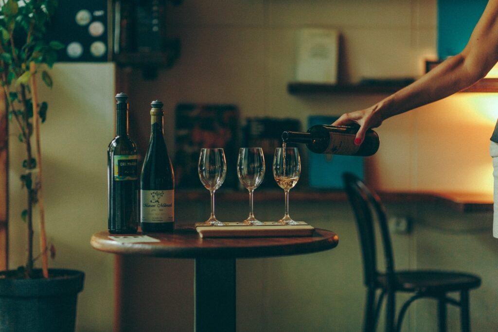 Винный бар Dadi - где попить вина в Тбилиси