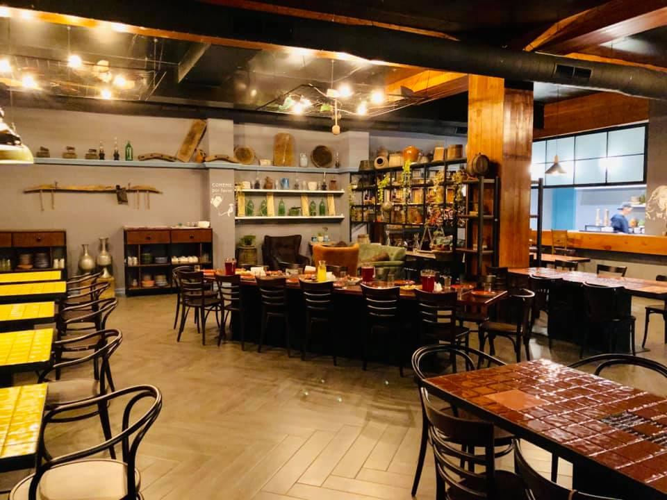 Chveni -  где попить вина и поесть в Тбилиси