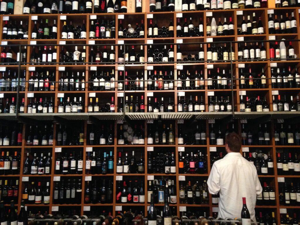 Какое испанское вино пить в Испании
