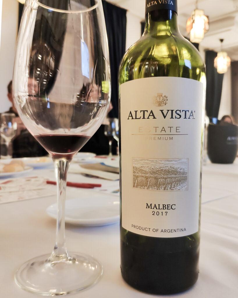 Обзор и дегустация вина Alta Vista Malbec Premium 2017